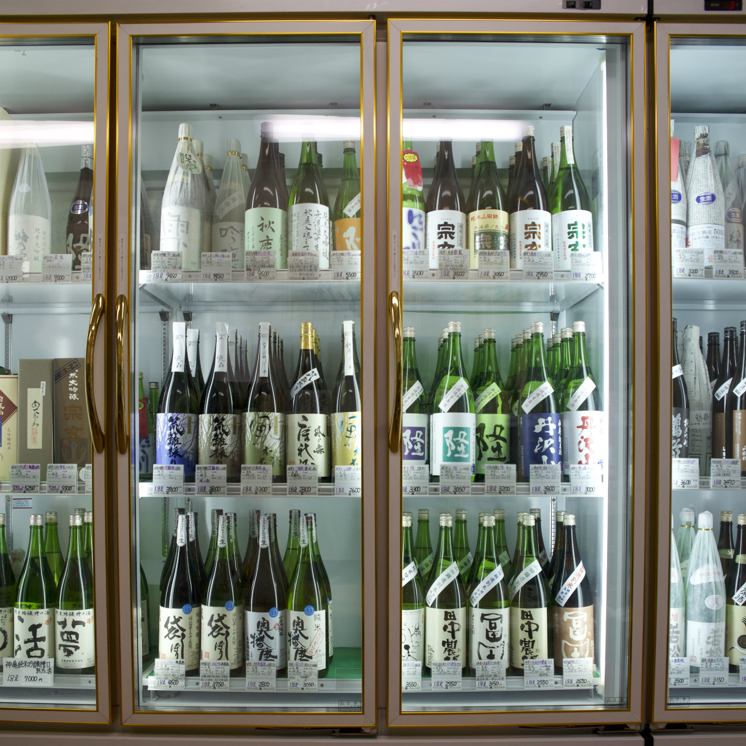 Tiny sake specialist with a rare selection and unorthodox attitude