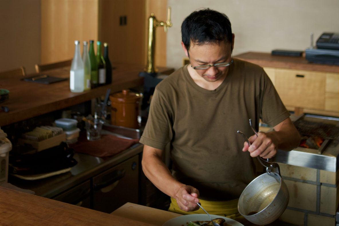 Sake-centric izakaya serving comfort by the bowlful, Owan, Izakaya